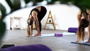 Yoga Asana Nusa Lembongan Bali